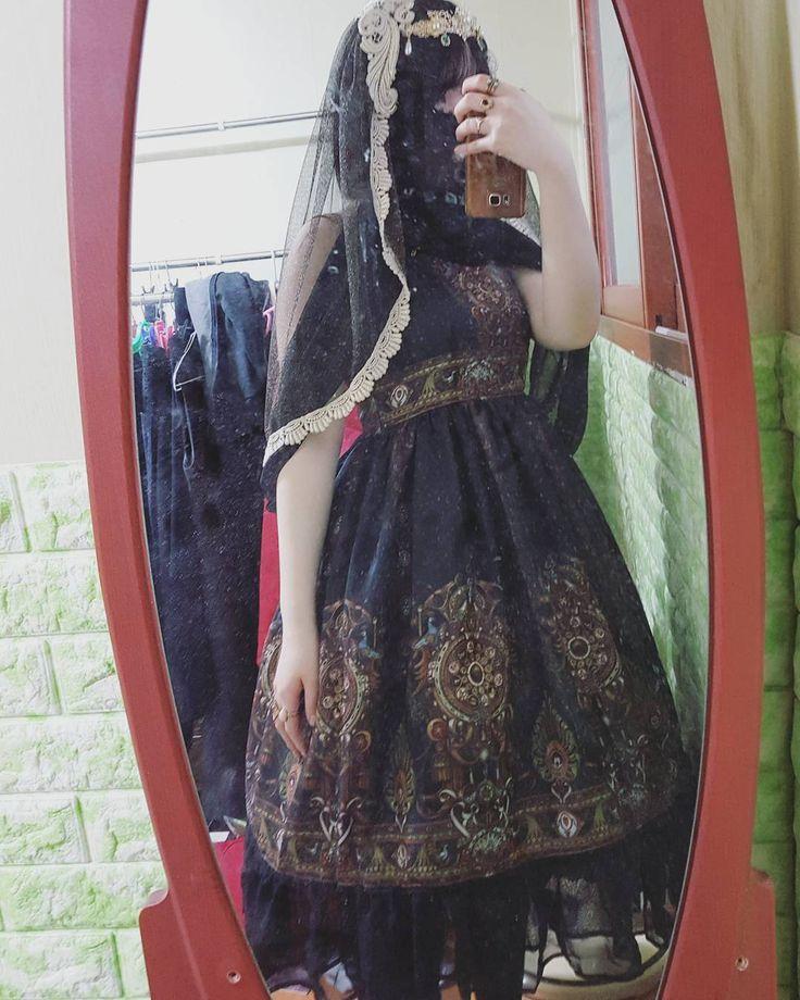 """24 Likes, 2 Comments - Ruby Kim (@rubychopath) on Instagram: """"흐윽흐윽ㅎ흑흑흑 #lolitafashion #lolita #goth #gothic #gothlolita #gothiclolita"""""""