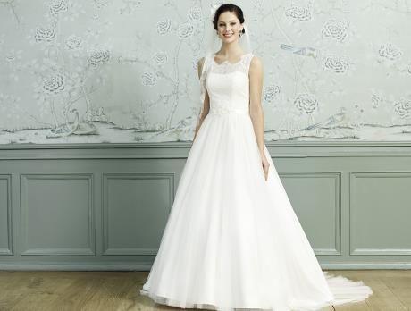 LILLY Bridalfashion - Weddingdresses and bridalgowns