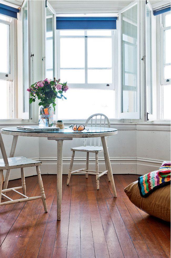 Daimon Downey's Sydney home: Dining Rooms, Artists Studios, Galleries, Daimon Downey, Breakfast Nooks, Design Interiors, Downey Sydney, Hello Summer, Bays Window