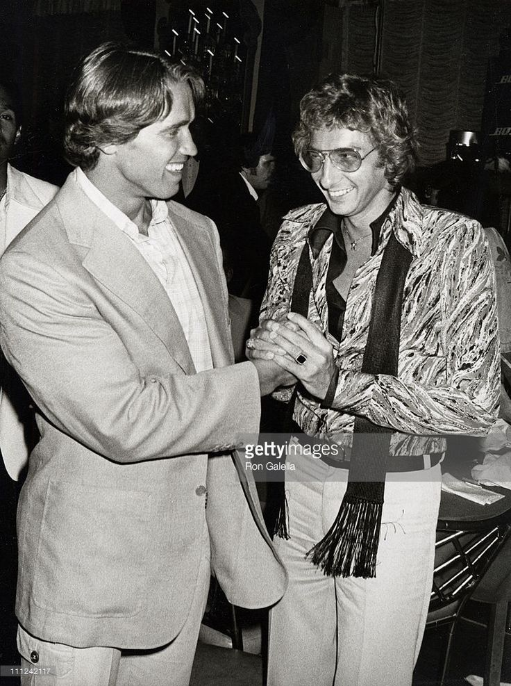 barry manilow 1970 | Arnold Schwarzenegger and Barry Manilow during Barry Manilow Concert ...
