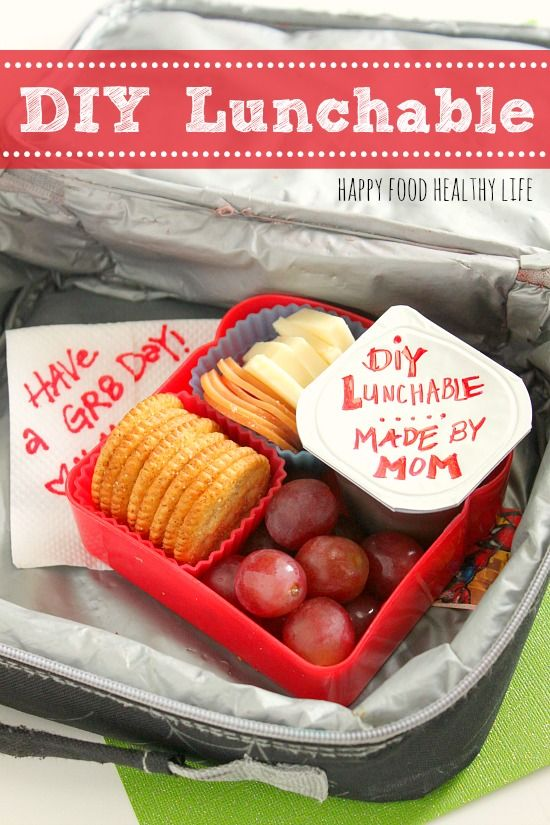 DIY Lunchable. It's so simple to make Lunchables from home and will save you a ton of money! // Happy Food Healthy Life