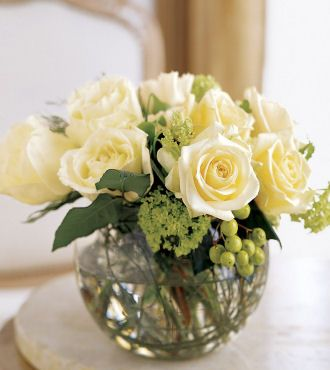 White Rose Centerpiece / pew end