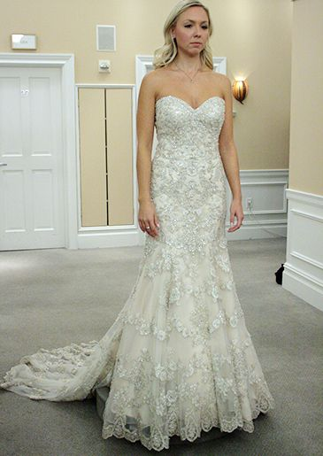 Featured Dresses, Season 9 Part 5: Say Yes to the Dress: TLC. I'll say yes to this dress!!!!!!!