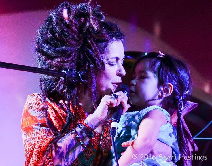 DILANA AND RIVER MOTHER AND DAUGHTER QUEEN OF ROCK