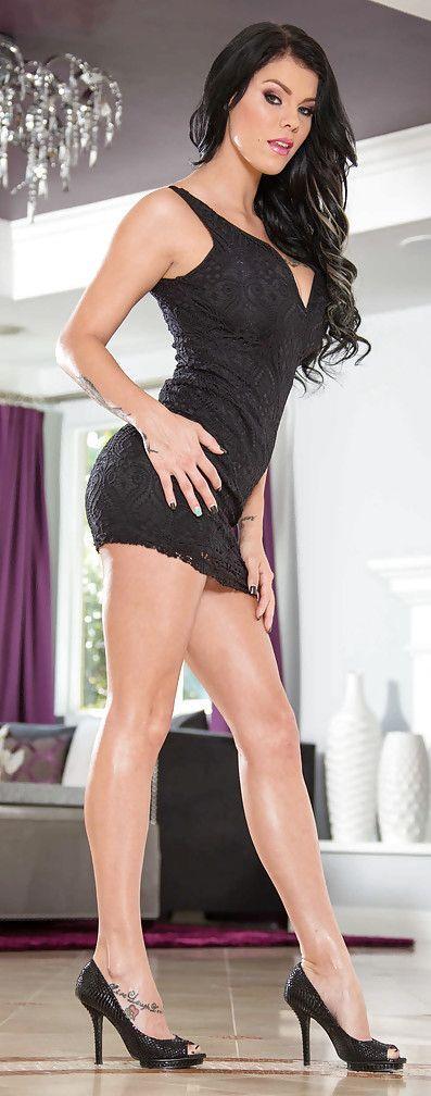 Skinny hot sexy tall topless