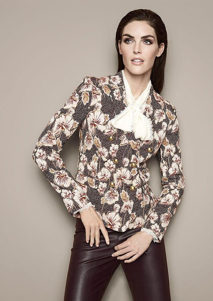 Blazer, Bluse & Hose in Lederoptik von PINKO Queen of elegance |  Lady | womenswear | Fashion | blouse | premium | red | leather | PKZ | buy here --> goo.gl/4mZOKS