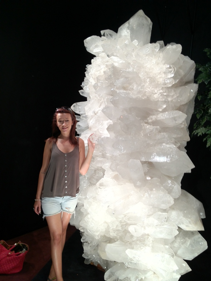 largest quartz crystal of this quality ever found from