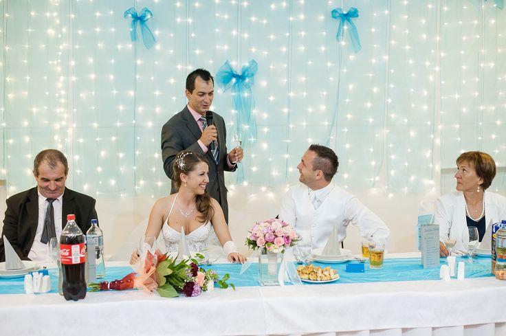 Az ifjú pár köszöntése (Sitkeifotó)
