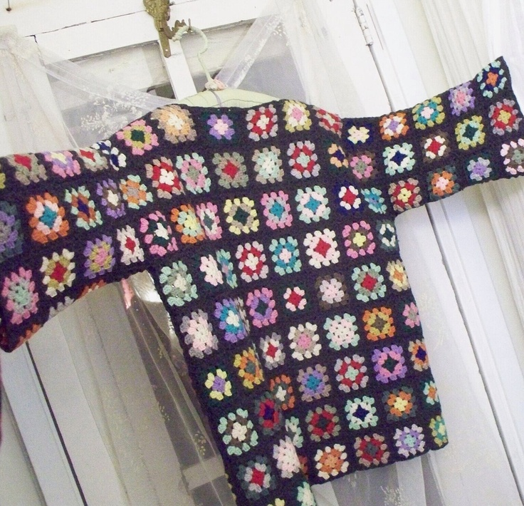 Crochet Patterns For Granny Square Sweaters : Vintage crochet granny square pullover sweater