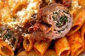 Brageole sont des rouleaux de viandes, essentiellement des escalopes de paleron de bœuf, assaisonnés à l'intérieur avec de l'ail, du persil, du sel et du poivre. Elles sont souvent tenues avec une pique en bois. C'est un composant classique de la macaronade sétoise.
