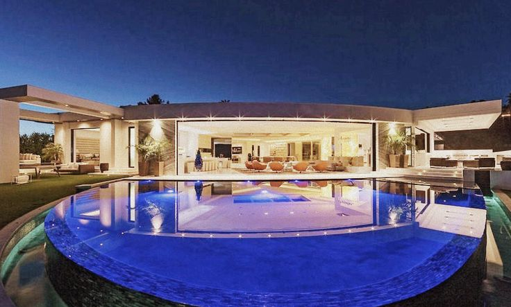 Creator Of Minecraft Outbid Jay-Z/Beyonce On Most Expensive House In Beverly Hills