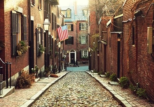 An exciting USA city hop from Boston to New York and Washington, with flights and train travel