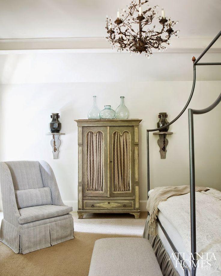 Interior Designer Liz Williams Designed The Of This Stunning Buckhead Home I Love Muted Colors Antiques Furnishi