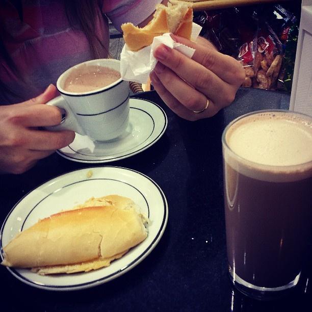 """@Rion Oliveira's photo: """"Segundo café da manhã."""""""