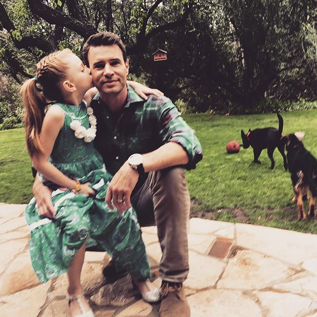Pin for Later: The Cutest Snaps of the Cutest Celebrity Dads in Hollywood Scott Foley and Marley