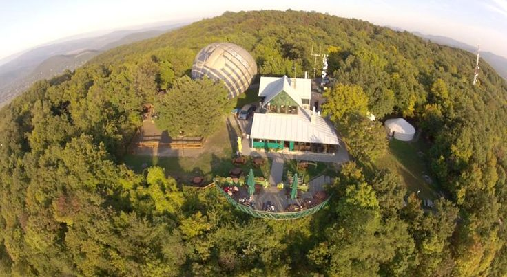http://www.booking.com/hotel/hu/esztergom-vaskapu.hu.html