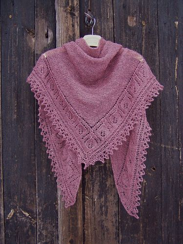 A very enjoyable pattern.  This yarn is a bit rough but it gets softer after washing and blocking.