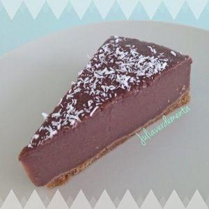 Tarta vegana de galleta, coco y chocolate en HazteVegetariano.com