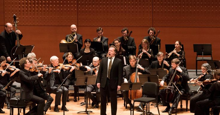 The Freiburg Baroque Orchestra's Mozart program at Alice Tully Hall was a chance to hear Mozart as performed in the late-18th century.