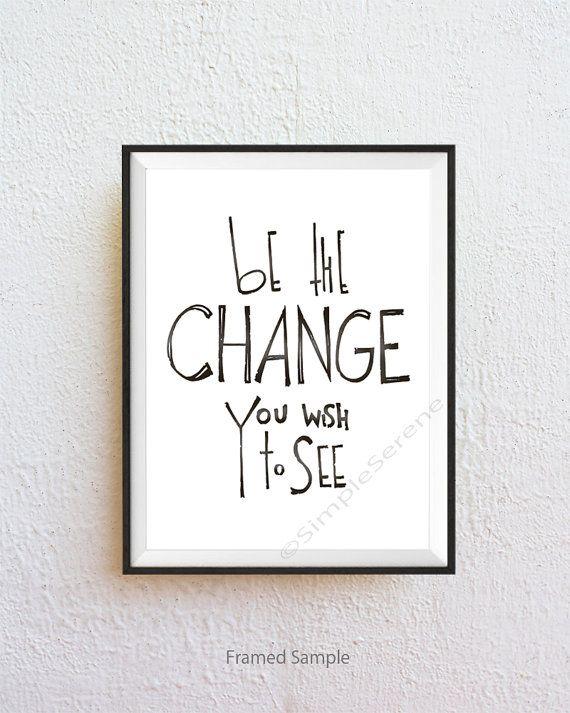 ★ Wees de verandering - quote afdrukken Wees de verandering die je wilt zien  ★ Papierformaat >>> 5 x 7, 8.5 x 11, 11 x 14  ★ Kleur >>> zwarte Denim, Aqua, Plum, Pink ---Zie vierde plaatje voor brief voorbeeldkleuren---  SimpleSerene is trots op onze unieke, hand-gehonoreerd werk. Elke letters design is zorgvuldig met de hand getekend en vervolgens digitaal gekleurd.  Papier >>>>> fijne archivering mat papier Inkt >>>>> vervagende inkt Verzendmethode >>>>> verzegeld en beschermd in een…