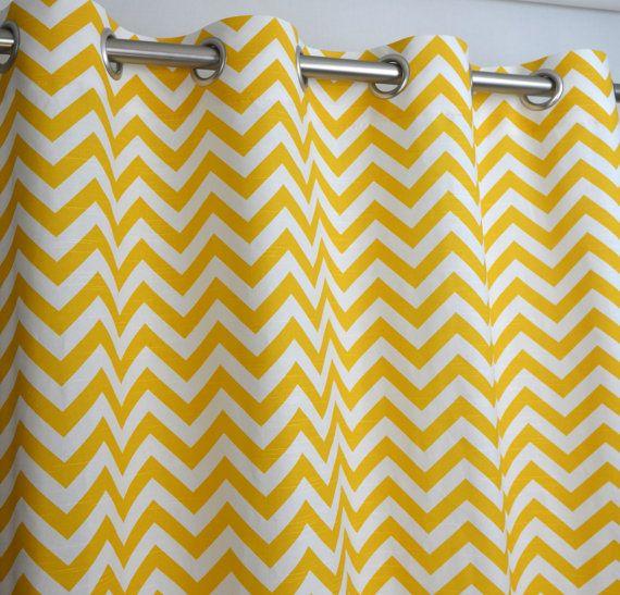 paire de rideaux haut passefil en jaune et blanc zig par. Black Bedroom Furniture Sets. Home Design Ideas
