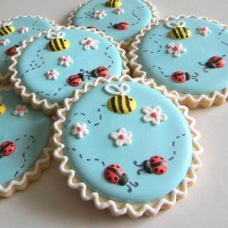 Galletas decoradas con catarinas y abejas :: Ladybug and bees' decorated cookies