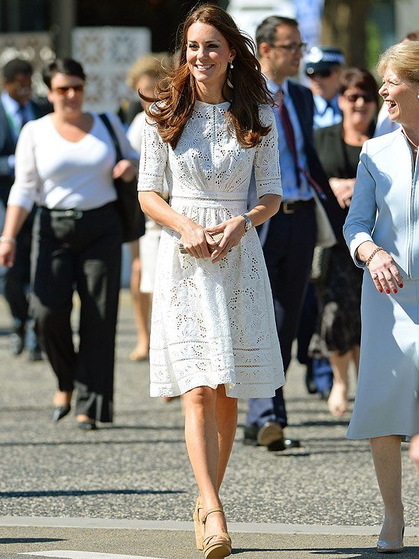 Fashion Faceoff, the Royal Tour Edition: Kate Middleton Wears Same Zimmermann Dress as Naomi Watts | People.com