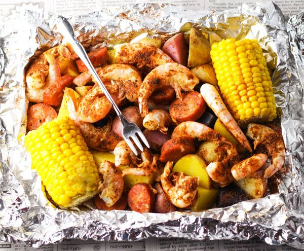 Shrimp Boil in Foil | This is super easy to make. Just put everything in the foil, wrap it up, and bake it. This makes cleanup a breeze!  @tastefulventure