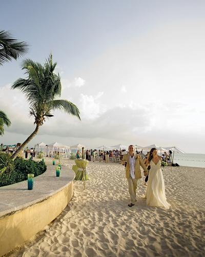 Seven Mile Beach, Grand Cayman (12 Best Caribbean Beaches for Weddings)