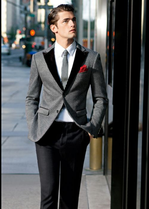 Swanky velvet lapel coolness! #jacket #tie #menswear #fashion #style #wedding