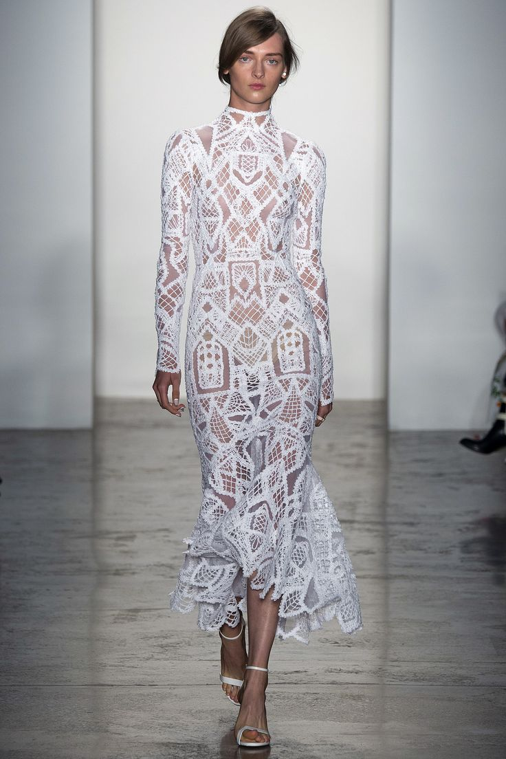 Jonathan Simkhai Spring 2016 Ready-to-Wear Fashion Show - Katya Riabinkina