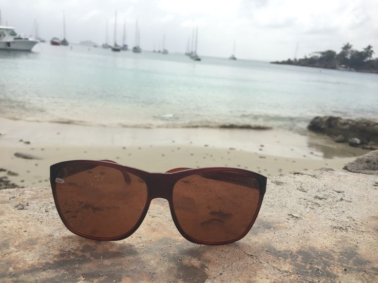 Beach, Boats, and #Gloryfy sunglasses to spend your perfect day in the Caribbean! #unbreakable #paradise #sunglasses #glasses #boats #beach #sunshine #USVI