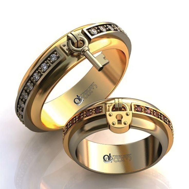 Verighete ATCOM Lux 3D 507 aur galben cu alb  -  aceasta pereche de inele de nunta pare anume creata pentru un cuplu non-conformist, bucurandu-se de un design inedit, care iese din tiparele obisnuite! http://www.verigheteatcom.ro/verighete-atcom-lux-3d-507-aur-galben-cu-alb_1307.html