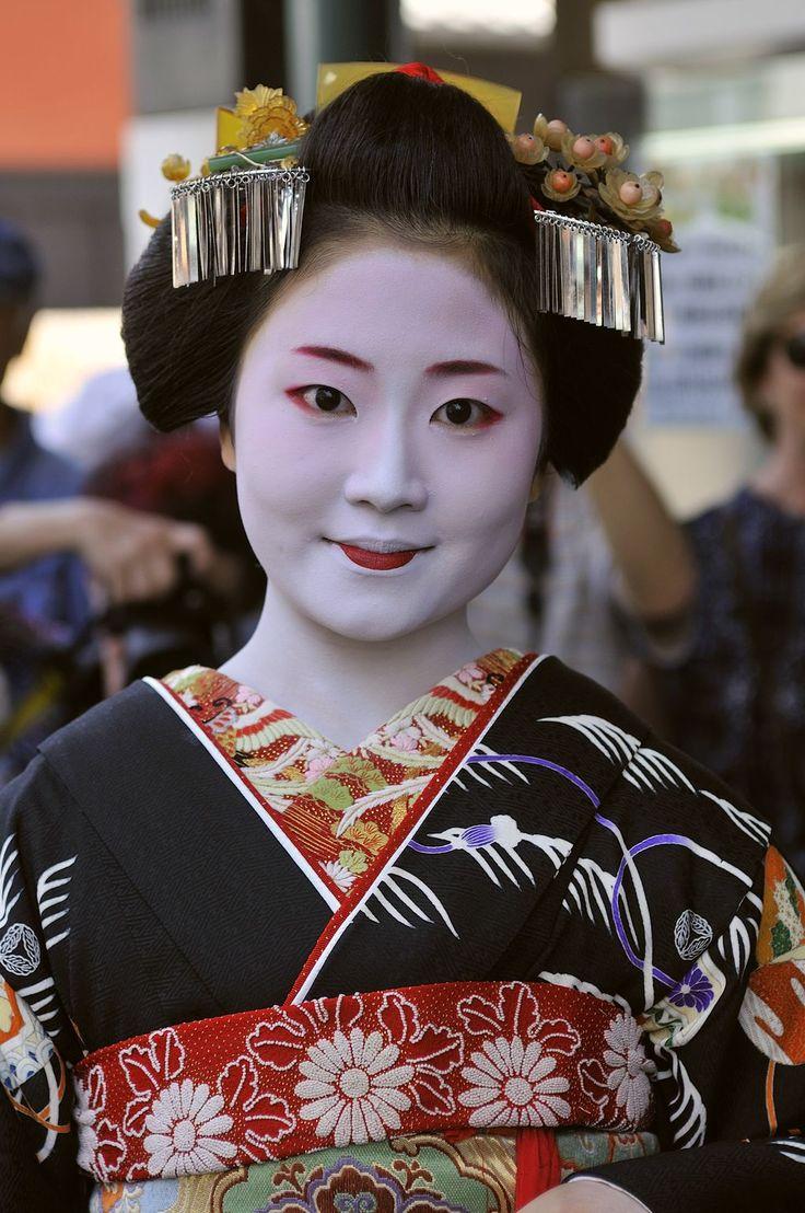 1000 Images About Geisha Amp Maiko II On Pinterest Kimonos
