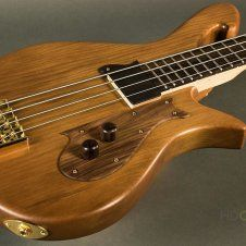 This bass was constructed by HDCustom guitars and is truly unlike any other! For full details please see the link below.