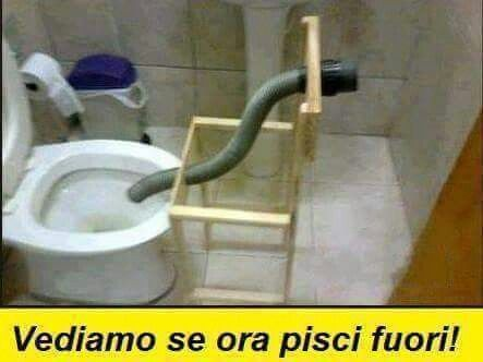 ahahah.... #ridere #ridiamo #humor #satira #umorismo #satirapolitica #sbruffonate #chucknorris