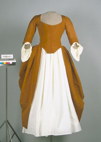 1780-90 ribbed silk dress linen lining. .   The Chace Catalogue 1995.192.1