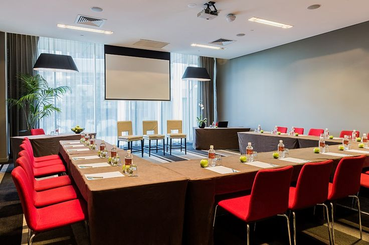 Meet & Stay at Fraser Suites Perth from AUD$299pp*     http://www.eventconnect.com/venue/finder/2708/Fraser-Suites-Perth/