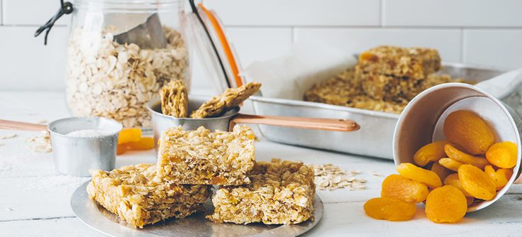 Weet-Bix and apricot bars are a great way to fill up hungry tummies. Add one to the school lunchboxes or to enjoy as an after school snack.