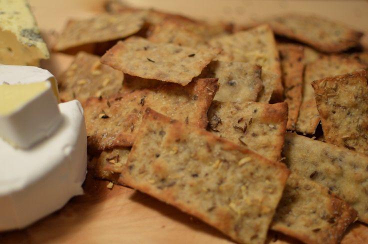 Grainy beer crackers recipe