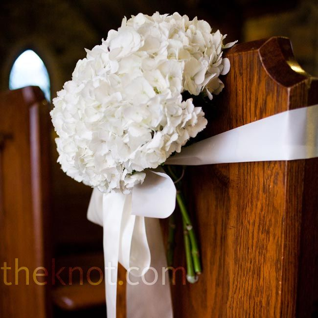 Wedding Flowers Church Decorations: Best 20+ Pew Decorations Ideas On Pinterest