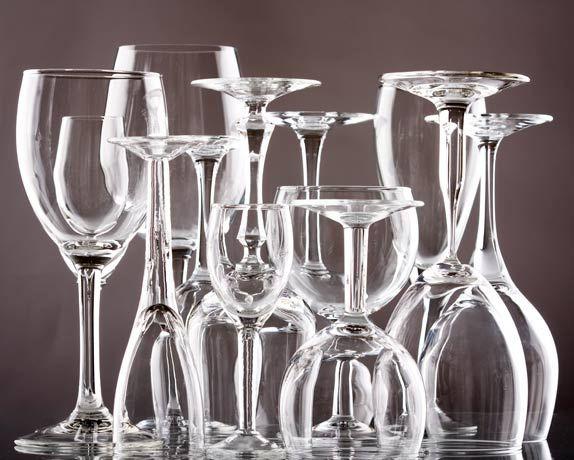 Sirva com estilo Usar a taça certa para apreciar um vinho conforme suas características torna a degustação da bebida muito mais prazerosa. As formas e os materiais com os quais são fabricadas e até mesmo a maneira como seguramos as taças de vinho influenciam na aparência, no odor e no sabor da bebida. Apaixonados por …