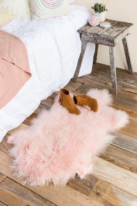 Bloomingville - Mongolian Fur Rug in Nude