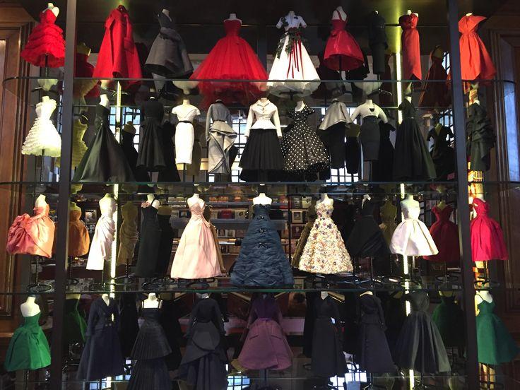 Little  Dior theater . Bookshop Assouline .London Feb 2017.
