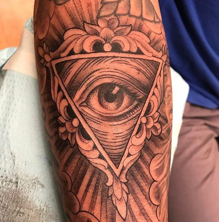 All seeing eye tattoo by Kim Saigh at Memoir Tattoo