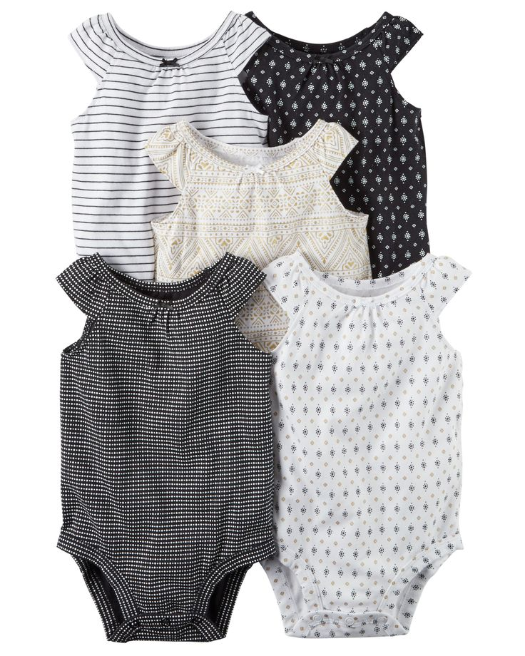The perfect starters to any little outfit, these quick change bodysuits feature adorable prints and sweet bows.