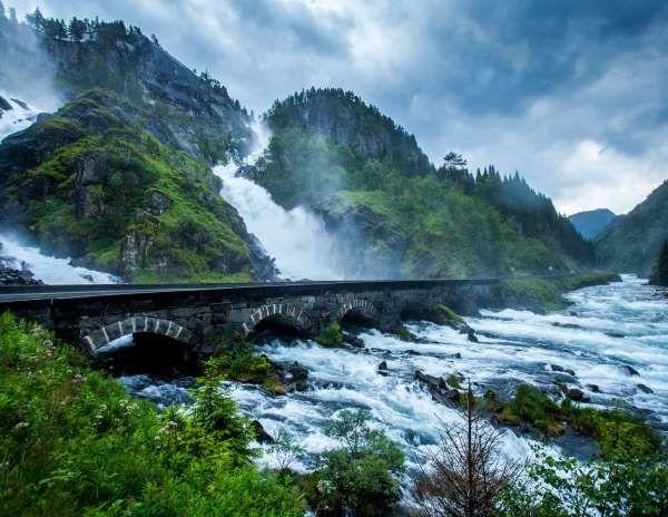 Låtefoss, Waterfall in Norway - B.Aa.Sætrenes/Getty Images