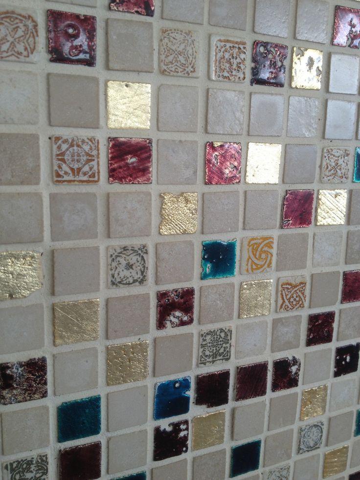 Leuke combinatie voor een hamman of badhuis. Wave Living Laqué mozaieken