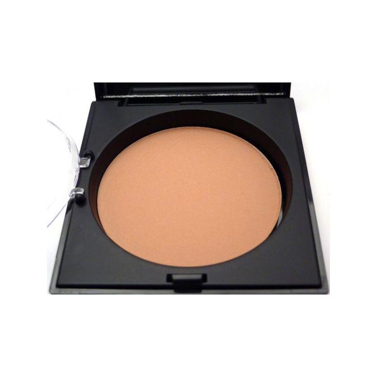 Unity Cosmetics Bronzing poeder  Minerale hypoallergene bronzing poeder geschikt voor elke huidtint. De bronzing poeder is geperst dus geen ronddwarrelende poederdeeltjes als je de poederdoos opent. Het geeft je gezicht een warme zomerse gloed. De bronzing poeder wordt geleverd met een superzacht kwastje van ponyharen dat precies in het compartiment past. De titanium dioxide beschermt de huid tegen UV straling en de gedroogde kokosolie voorkomt dat de huid uitdroogt.  De bronzing poeder…