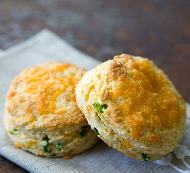 Cheddar and Jalape�o Biscuits
